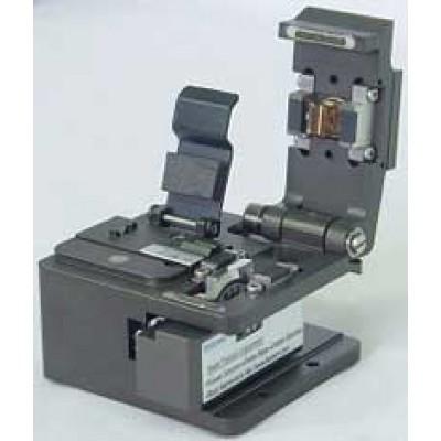 Скалыватель оптических волокон MAX CI-01
